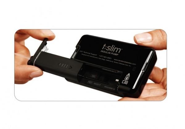 Einfach zu handhaben erleichtert die Insulinpumpe den Alltag.  Quelle: Tandem Diabetes Care®