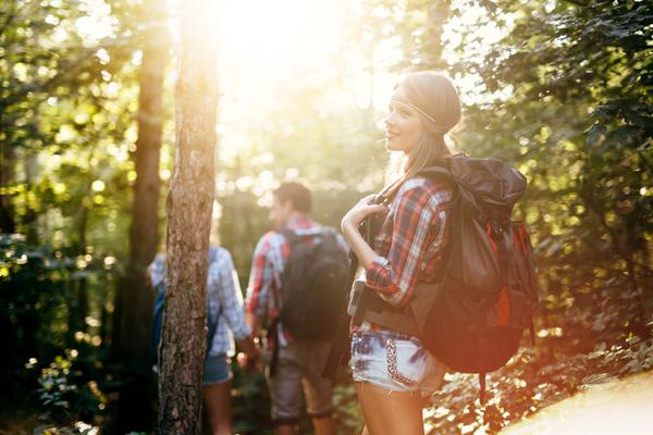 Messen nicht vergessen: Wandern erfreut sich gerade in der warmen Jahreszeit besonderer Beliebtheit. © nd3000/Fotolia